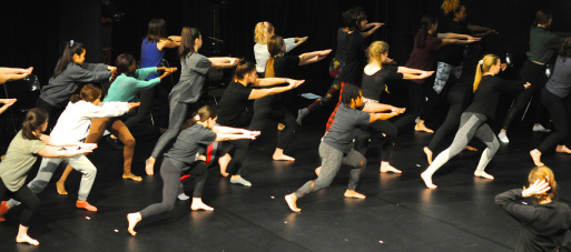 'Colliding Shadows' dancers rehearshing Systemic with Laurie Zabele Cawley. Courtesy of Ryota Matsue.