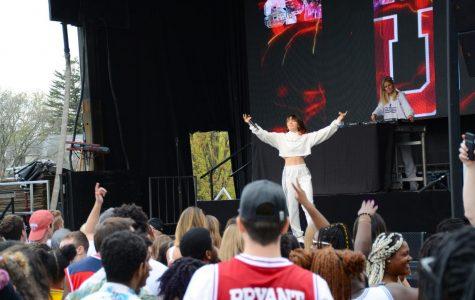 Springfest proves the female pop-star allure is still present