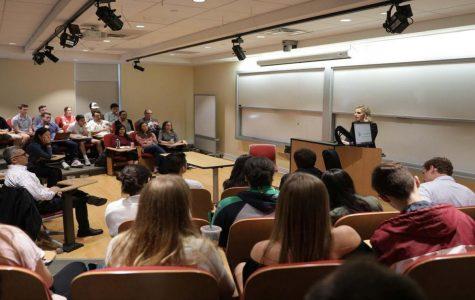 Women in Economics club hosts Sarah Ponitus '04 for discussion
